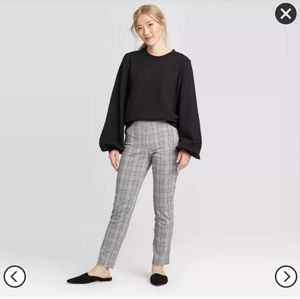 Black and White Plaid Ankle Pants